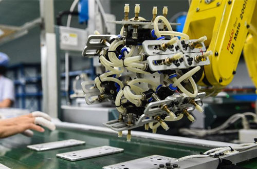 我国工业机器人3项标准颁布 助力国产机器人品质建设