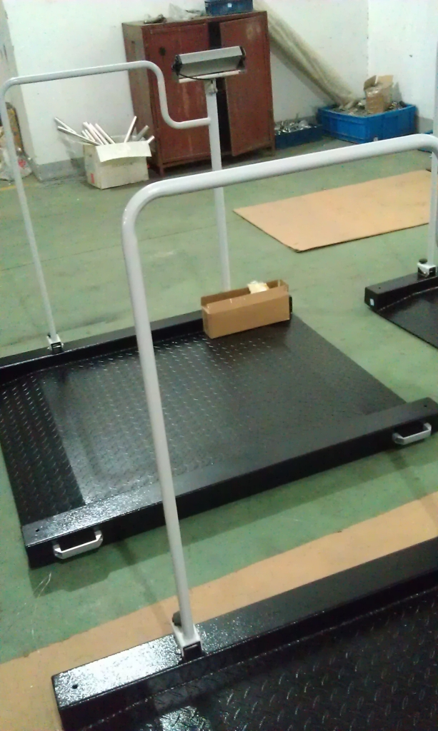 临汾人民医院正在使用我公司生产的透析轮椅秤
