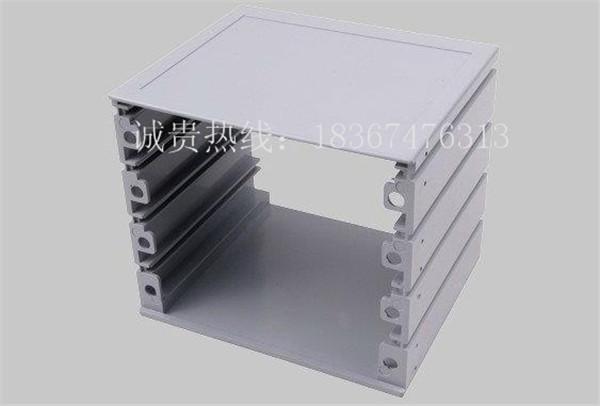 薄型盒体,与其它a86电器接线盒面板相匹配
